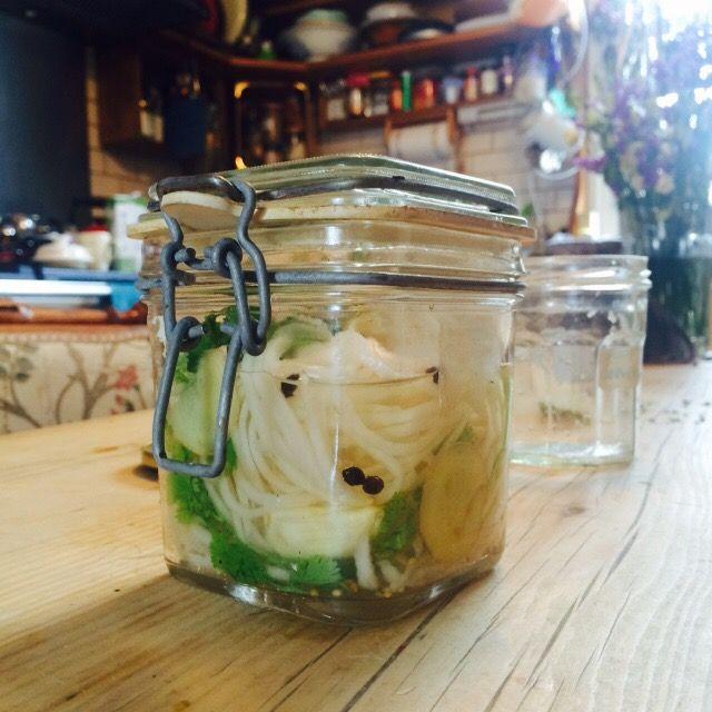 Pickling leftover veg. | JACK MONROE: COOK, CAMPAIGNER, GUARDIAN COLUMNIST, MOTHER, AUTHOR, ETC.