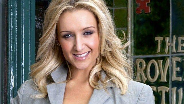 #CoronationStreet spoiler: Eva Price dumps boyfriend Jason Grimshaw in #Corrie after he accuses her of cheating with his dad!!! #soapgossip