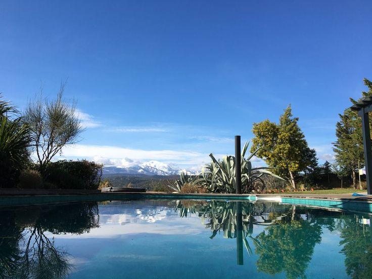 Camaieux de #bleu #montagne #plage #piscine #canigou #occitanie #pyrenees #soleil #vacances
