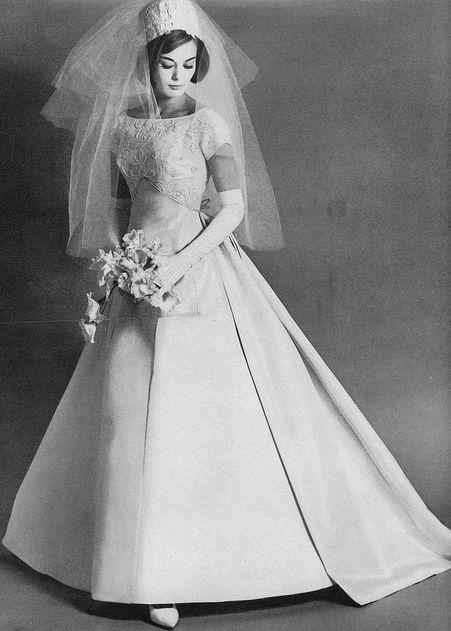 1950's Bride. <3 #wedding #vintage #weddingdresses