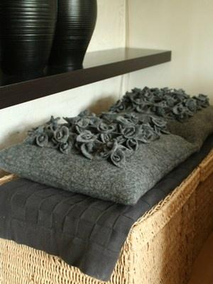 Handgemaakte kussens van wol van thuis met Moon