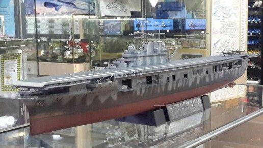 USS Hornet CV-8 1/350 Trumpeter