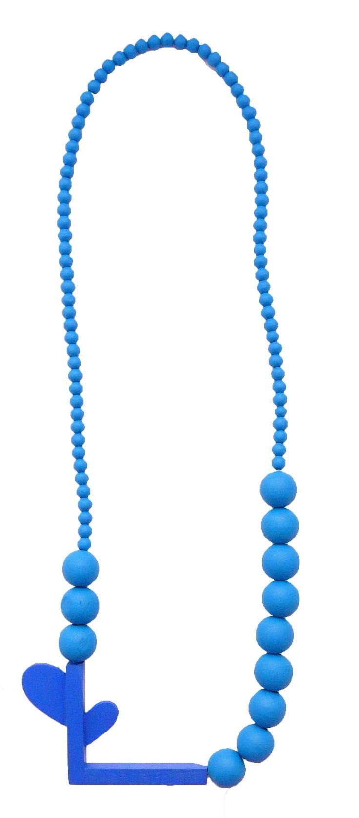Katja Sobol – blue one | necklace | wood