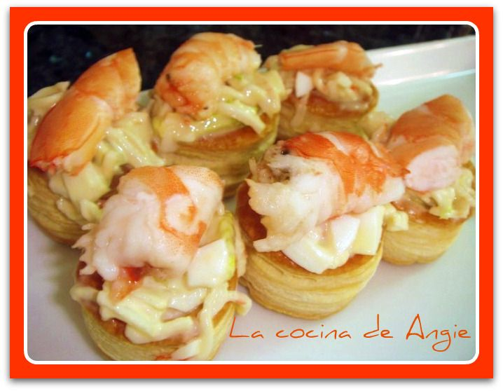 17 best images about canapes on pinterest smoked salmon for Paula deen mushroom canape