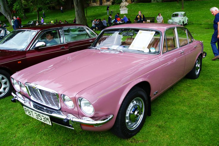 pink jaguar xj6