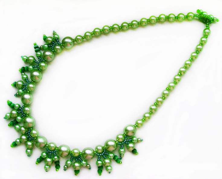 Free pattern for necklace Dryad