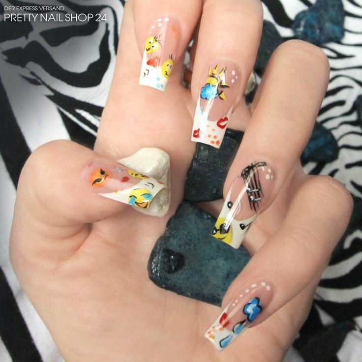 #trendstyle   #emoticons   #stars   #naildesign   Hier sagt jeder Finger etwas anderes aus. Eure Emotionen lassen sich jetzt ganz leicht an einer Hand abzählen. Mit bunten Kreativ-Malfarben und etwas Fantasie bringt Ihr die kleinen Emoticons im Handumdrehen auf Eure Nägel.