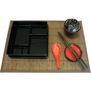 Bento Box Set with Dark Bamboo Pacemat      Availability : In Stock     Colour : Black with Red Trim     Material : ABS     Item Code : D5-105SET  Price : $34.95