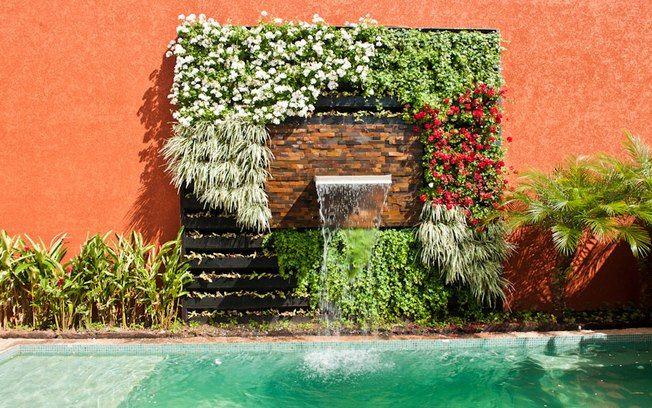 fotos jardim quadrado: quadrado do material (sem terra e vegetação) sai por R$ 160. Foto