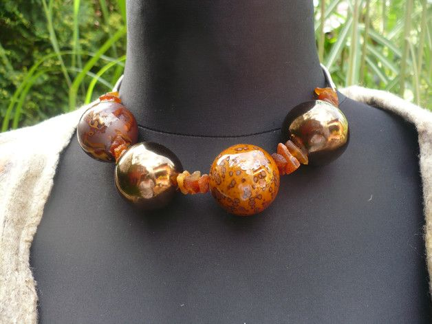 necklace made of ceramic spheres  and amber  , adjustable clasp 5 cm