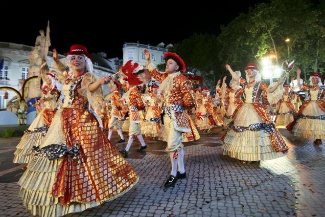 Marchas de Lisboa, Avenida da Liberdade, Santo Antonio de Lisboa, Saint Anthony, Festas de Lisboa, Lisbon, Portugal   http://cdn.controlinveste.pt/Storage/JN/2013/big/ng2602755.jpg