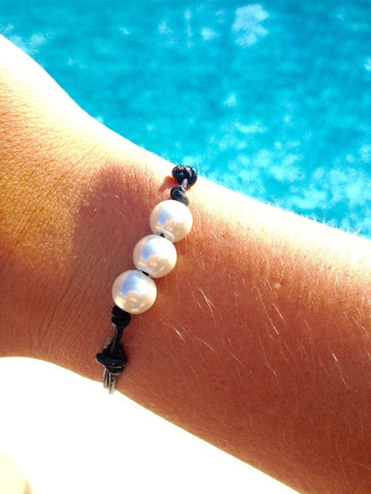 Three Pearl Leather Bracelet