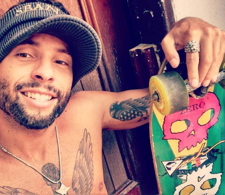 Bora relembrar a velha guarda do skate  #dogtown #losangeles #skateboarding #skate  #tatuagem #lifestyle #palmares #tattoostyle #auternative #freedom #fitness #free #surfing #lifestyle #thuglife #simplelife  #blessed #Jahbless #tattoo #rapper #rasta  #photographer #topac #ny #newera #gringo  #cruizer  #zero  #boatarde by petercavalcanty
