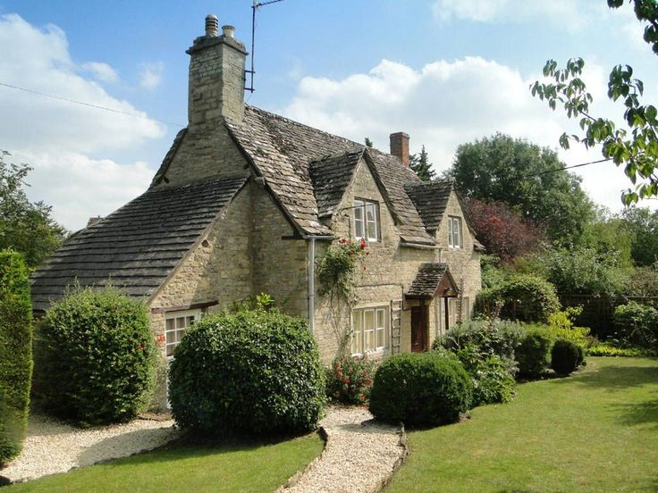 2080 best dream house images on pinterest english for Cotswold cottage house plans