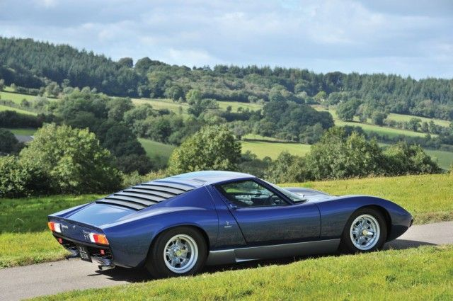 1971 LAMBORGHINI Miura P400 S For Sale in Preston - Amari Super Cars GB