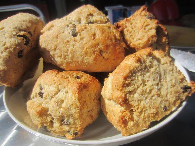 Gunns momsemat: Scones med rosin og sitron