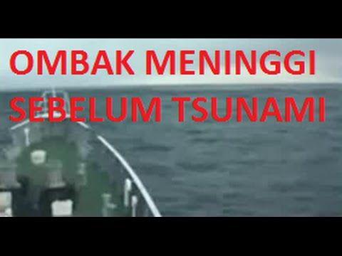 Tsunami jepang, tsunami aceh, tsunami adalah suatu peristiwa yang sangat menakutkan. dengan tumpahnya air laut ke darat menyebabkan kebanjiran yang sangat