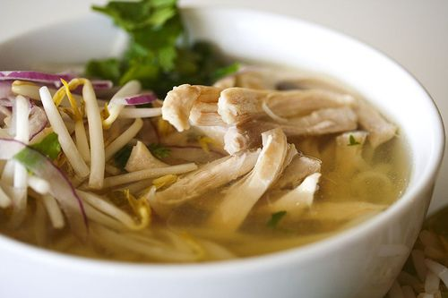 Pho Ga: Vietnamese Chicken Noodle Soup    Steamy Kitchen blog, written by Jaden Hair, provides detailed instructions and focuses on clean, pure and top-quality pho cuisine. Can't wait to try this recipe!