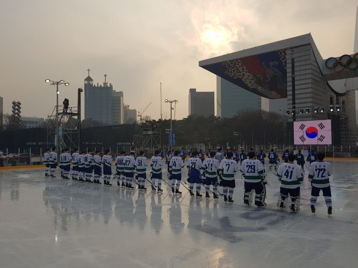 PyeongChang 2018 (@pyeongchang2018)   Twitter - PyeongChang 2018    Verified account     @pyeongchang2018    22 Dec 2017  #Korea women's #icehockey team is having a friendly match in #Seoul with many citizens who've visited to enjoy the match and also other events to celebrate 50-day to go for #PyeongChang2018.  #2018평창 #여자 #아이스하키 #국가대표 #친선전  #생중계: https://goo.gl/hRDn19