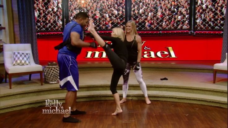 Holly Holm's Knockout Kick