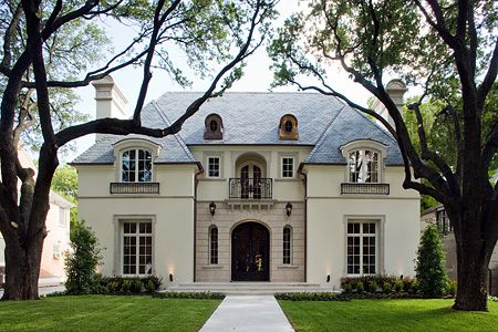beautiful, love the front entrance and the first floor windows excellent
