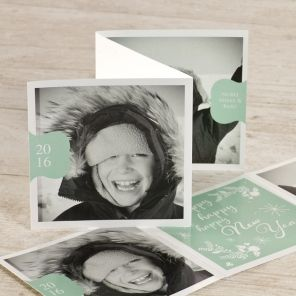 Happy New Year met deze fotokaart in trendy muntgroen | Tadaaz #fris #hip #happy #drieluik #kerstkaart #foto