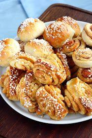Suklaapossu: Toffeepullia ja kanelipullia rahkapullataikinasta (munaton)