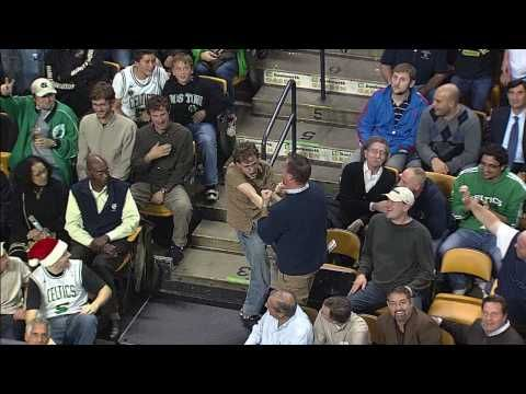 The way this fan reacted when the camera focused on him at a basketball game is awesome | Rare