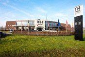 NH Waalwijk  Description: Hotel NH Waalwijk ligt centraal tussen de steden Tilburg Den Bosch en Breda. Het hotel beschikt over luxe kamers en suites een uitstekend a la carte restaurant bar - brasserie en comfortabele vergaderzalen met airconditioning. Met de Efteling op slechts 2 minuten rijden gratis parking en draadloos internetten in het gehele hotel is hotel NH Waalwijk de perfecte locatie voor zowel de zakelijke als de particuliere gast.  Price: 72.98  Meer informatie  #hotels