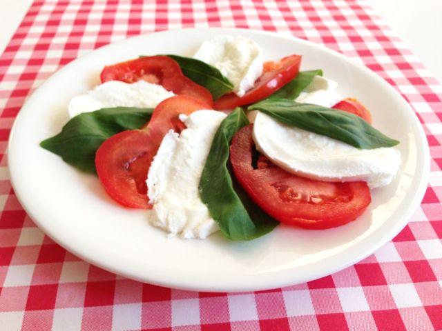 Salade Caprese   Het lekkerste recept vind je op AllesOverItaliaansEten
