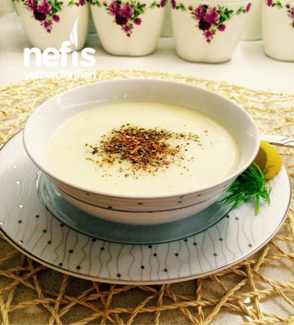 Arnavutların Bayram Sabahı Çorbası(tavuk Sulu Terbiyeli Un Çorbası)