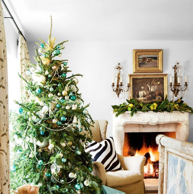 Creative Christmas Decorating Ideas For Every Room In Your Home Christmas Decorations For The Home Christmas Decorations Living Room Christmas Interiors