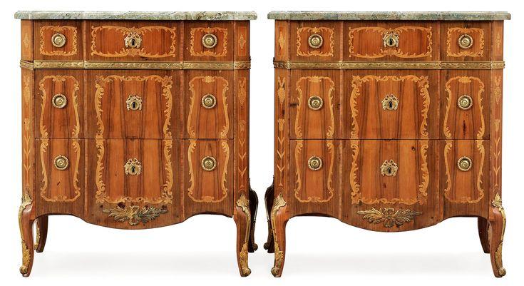 BYRÅAR, ett par. Gustavianska stockholmsarbeten, 1770-tal.. - Höstens Klassiska Auktion, Stockholm 571 – Bukowskis