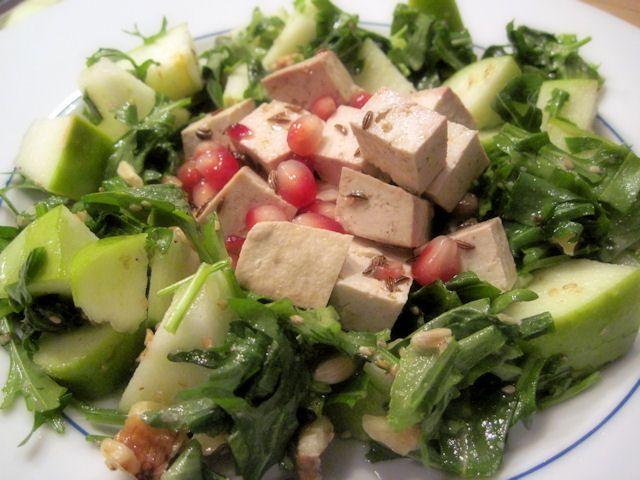 Tofu marinato al melograno con rucola e mele verdi (!!!!!)