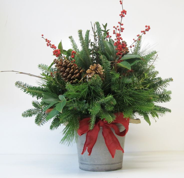 1000 Ideas About Christmas Arrangements On Pinterest