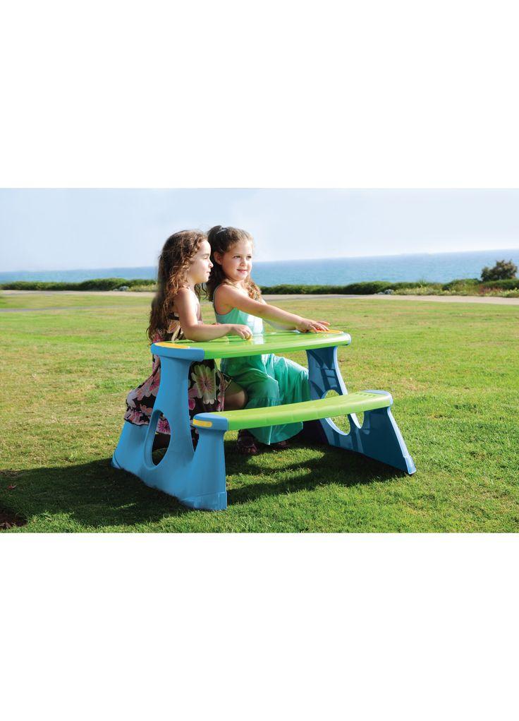Tavolo da pic nic (Toys Center) su Toys Center. Scegli i giocattoli migliori per i tuoi bambini sullo shop online di Toys Center!
