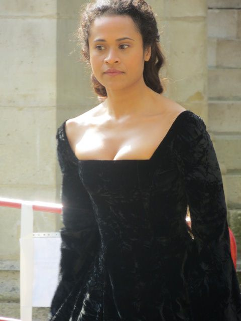 Angel Coulby / Gwen #Pierrefonds June 20th. Seriously what is with the black?!