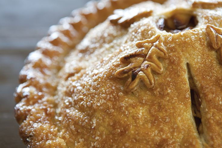 6 Steps for Building the Perfect Pie Crust and One Great Apple Pie Recipe