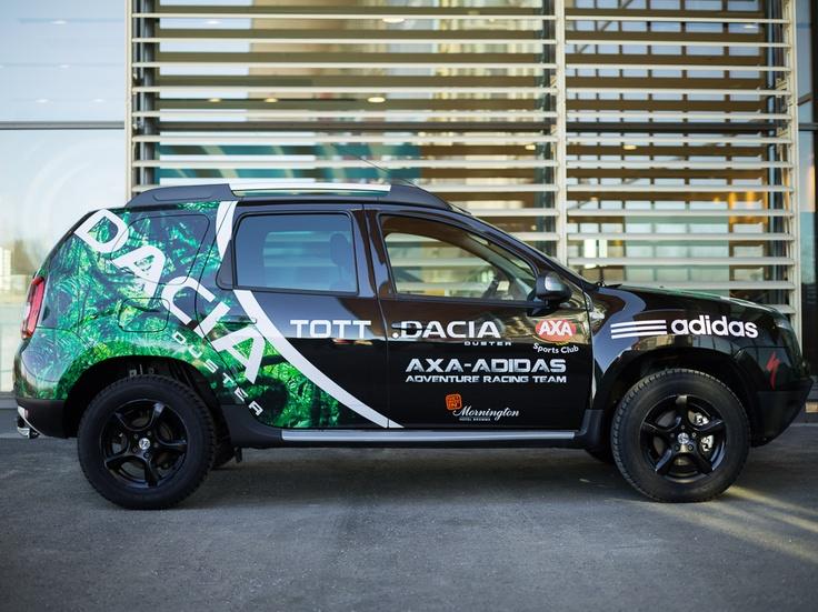 Dacia Duster este partenerul perfect pentru cei în căutare de aventuri extreme! Vă place cum arată acest Duster special pregătit pentru echipa de multisport AXA-Adidas din Suedia?