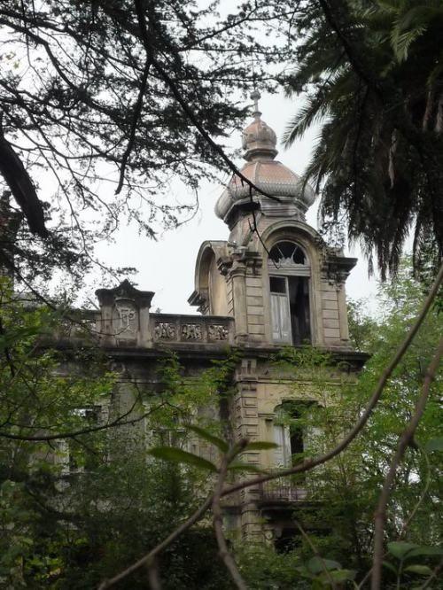 Chalet de D. Fulgencio (c/Río San Martín, Avilés)