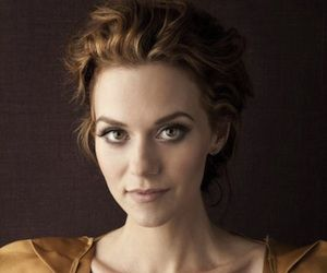 Grey's Anatomy Casting News: White Collar's Hilarie Burton Lands 'Special' Sweeps Role