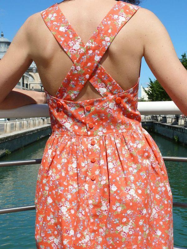 Robe tablier, robe d'été