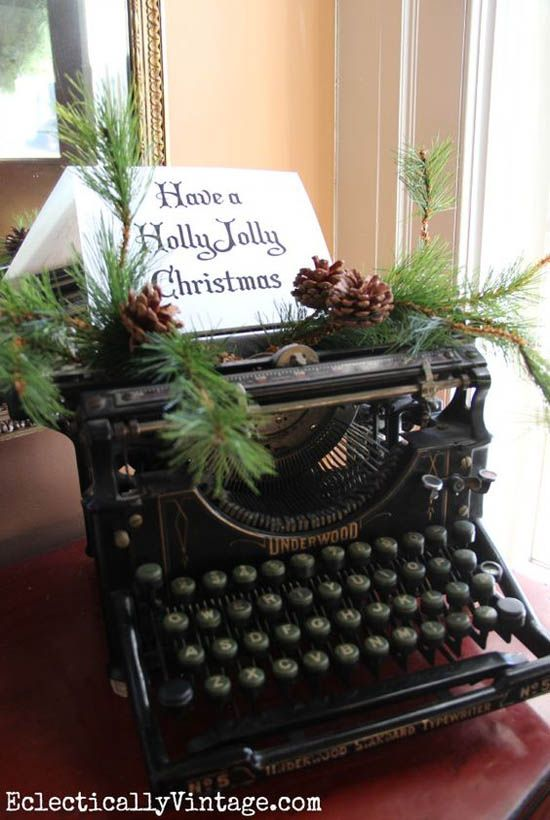Want some vintage Christmas decoration ideas and inspirations? Open your home and your heart to the beauty of all things vintage. Transform your surroundings this holiday season into a place of sim...