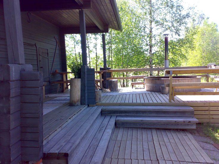 Toppalan mökkien sauna Petäjävedellä.    Sauna at Toppala's cottages, Petäjävesi. http://www.toppalanmokit.fi/index.php  http://www.facebook.com/MatkaMaalle  http://www.keskisuomi.net/  http://www.centralfinland.net/