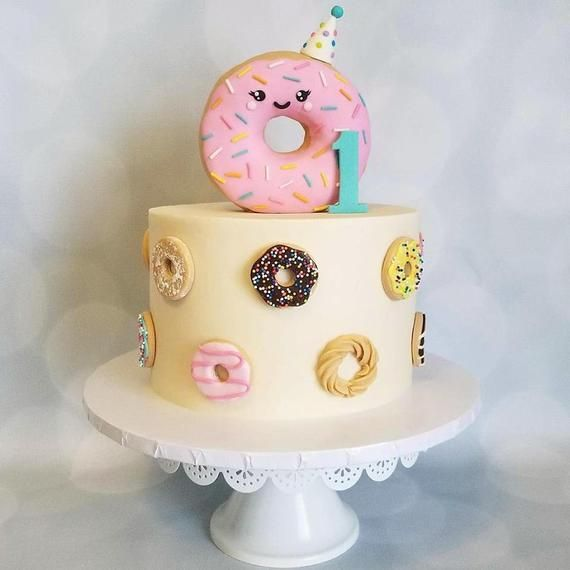 Donut Cake Decorations/ Cupcake Toppers  – Pasteles