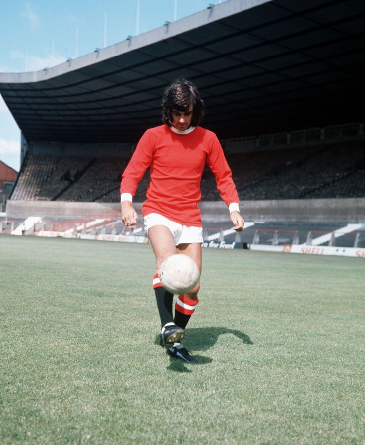 @manutd legend George Best performs some keepy-ups at Old Trafford in 1971.