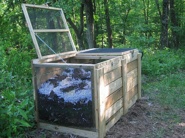 Beautiful Really Like This Compost Bin Design.