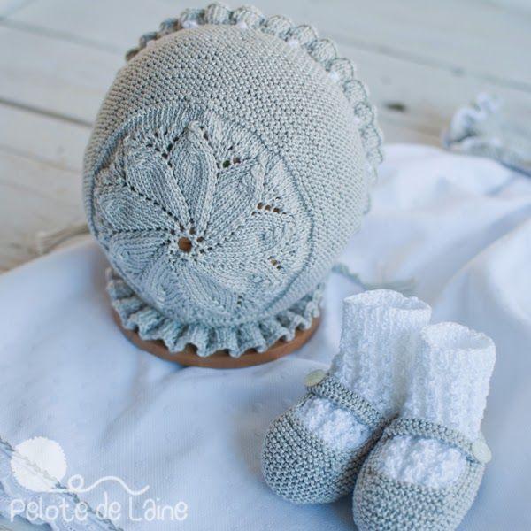 MODELO 1, algodón y manga corta, color azulón, con remate de pata de gallo al rededor a mano. MODELO 2, algodón, manga corta y colo...