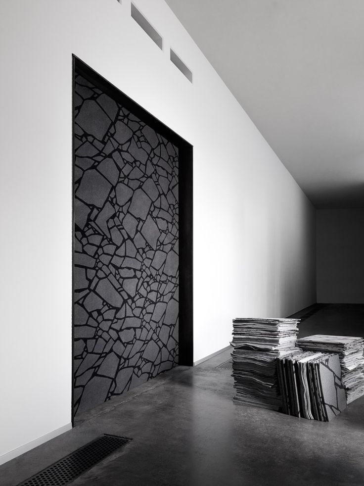 Tom Dixon designs rugs based on London architecture