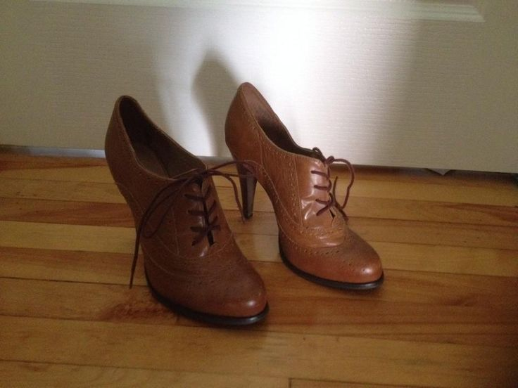 Aldo, 8.5 . Real leather. 15$ + shipping